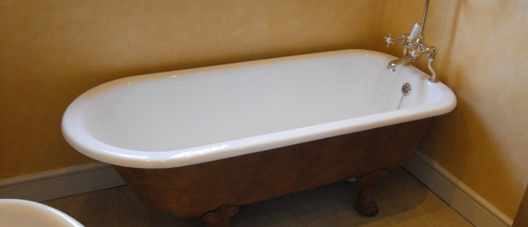 Re enamelled Cast Iron Bath in North London