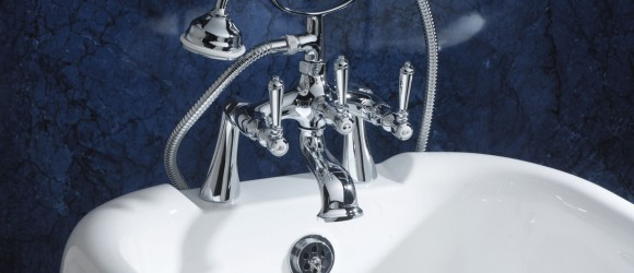 Bath with Shower/Mixer taps