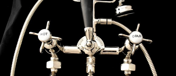 NICKEL PLATED ANTIQUE BATH SHOWER MIXER WITH BLACK HANDLE