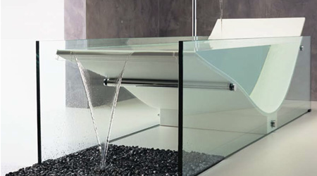 le cob glass bath tub